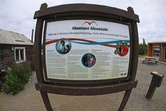 Montana Mountain Display em Carcross Fotografia de Stock Royalty Free