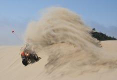 Montando y roosting las dunas de arena Foto de archivo libre de regalías