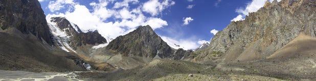 Montanha alta fotografia de stock royalty free