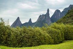 Montanha bonita, dedo do deus na cidade de Teresopolis, estado de Rio de janeiro, Brasil fotos de stock royalty free
