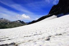 Montanha com neve Fotografia de Stock