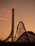 Montanha da mágica do céu do roller coaster fotografia de stock royalty free