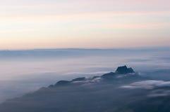 Montanha da névoa Foto de Stock Royalty Free