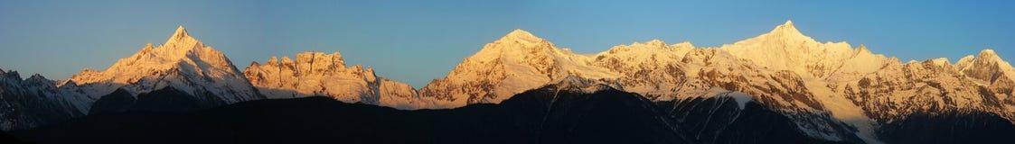 Montanha da neve de Meri imagens de stock royalty free