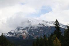 Montanha da nuvem Imagem de Stock