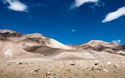 Montanha da rocha em bluesky Fotos de Stock