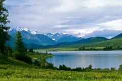 Montanha de Belukha Fotos de Stock Royalty Free