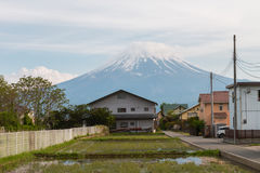 Montanha de Fuji com nuvens Fotografia de Stock