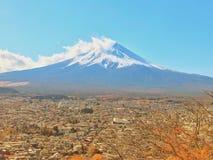 Montanha de Fuji na manhã imagem de stock