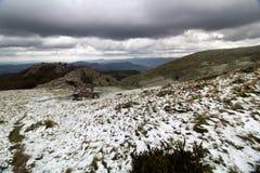 Montanha de Gazume no país Basque fotografia de stock