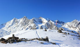 Montanha de Hohsaas, 3.142 m Os cumes, Suíça Imagem de Stock