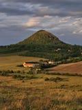 Montanha de Mila em Ceske Stredohori Imagens de Stock