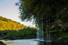 Montanha de negligência da cachoeira pequena Imagens de Stock