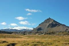 Montanha de Snaefellsjokull em uma altura de 1446 medidores. Foto de Stock Royalty Free