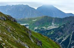 Montanha de Tatra do verão, Poland imagens de stock royalty free
