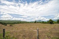 Montanha do céu azul Foto de Stock Royalty Free