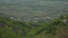 Montanha do formulário da vista no vale Geórgia de Alazani vídeos de arquivo