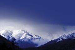 Montanha do inverno foto de stock royalty free