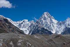 Montanha do maciço de Gasherbrum, cordilheira de Karakorum, K2 passeio na montanha, P imagens de stock