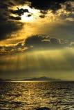 Montanha do mar de Sun imagem de stock royalty free