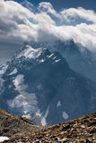Montanha Dombai, o Cáucaso, Rússia Foto de Stock