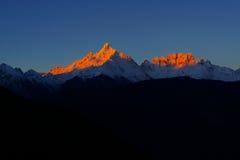 Montanha dourada fotografia de stock