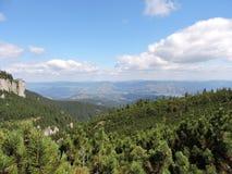 Montanha e céu imagem de stock royalty free