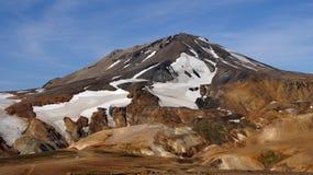 Montanha e carro de Kerlingarfjöll foto de stock