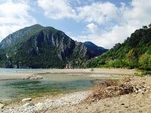 Montanha e mar fotografia de stock