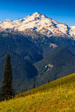 Montanha e vale Foto de Stock Royalty Free