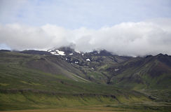 Montanha em Islândia imagens de stock