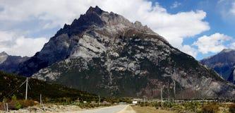 Montanha em Tibet Imagens de Stock