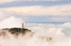 Montanha enevoada Fotografia de Stock