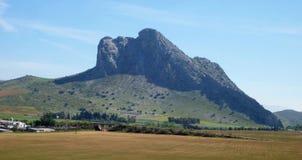 Montanha espanhola com um perfil de uma cara Foto de Stock