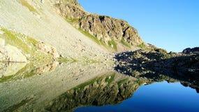 Montanha Lake Imagens de Stock