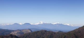 A montanha a mais alta de Triglav-the em cumes eslovenos Imagem de Stock Royalty Free