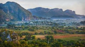 Montanha Mogote em Pinar del Rio, Vale de Vinales Fotografia de Stock