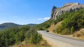 Montanha na floresta Imagens de Stock