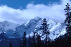 Montanha nevado   fotografia de stock