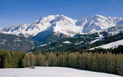Montanha no inverno Fotografia de Stock Royalty Free