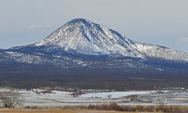 Montanha no inverno imagens de stock royalty free