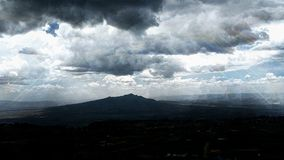 Montanha poderosa de Longonot fotografia de stock royalty free