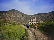 Montanha que biking em Nepal Foto de Stock