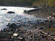 Montanha River Valley, Cáucaso, Rússia Imagem de Stock