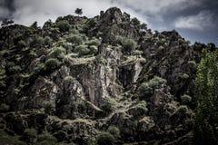 Montanha rochosa Paisagem tonificada em preto-branco tajikistan Fotografia de Stock Royalty Free