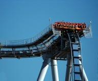 Montanha russa azul com povos Fotografia de Stock