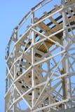Montanha russa de madeira foto de stock