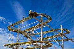 Montanha russa do parque de diversões Fotos de Stock Royalty Free