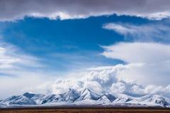 Montanha santamente de tibet Fotos de Stock Royalty Free