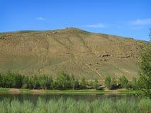 Montanha sobre o rio Kaa-Chem Imagens de Stock